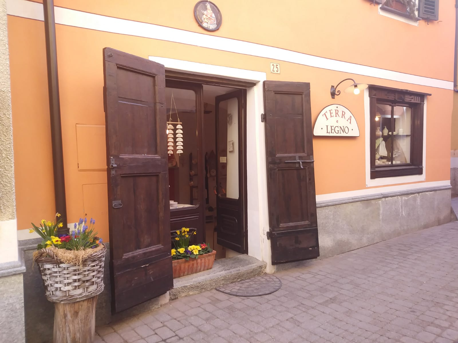 Vista-esterno-negozio